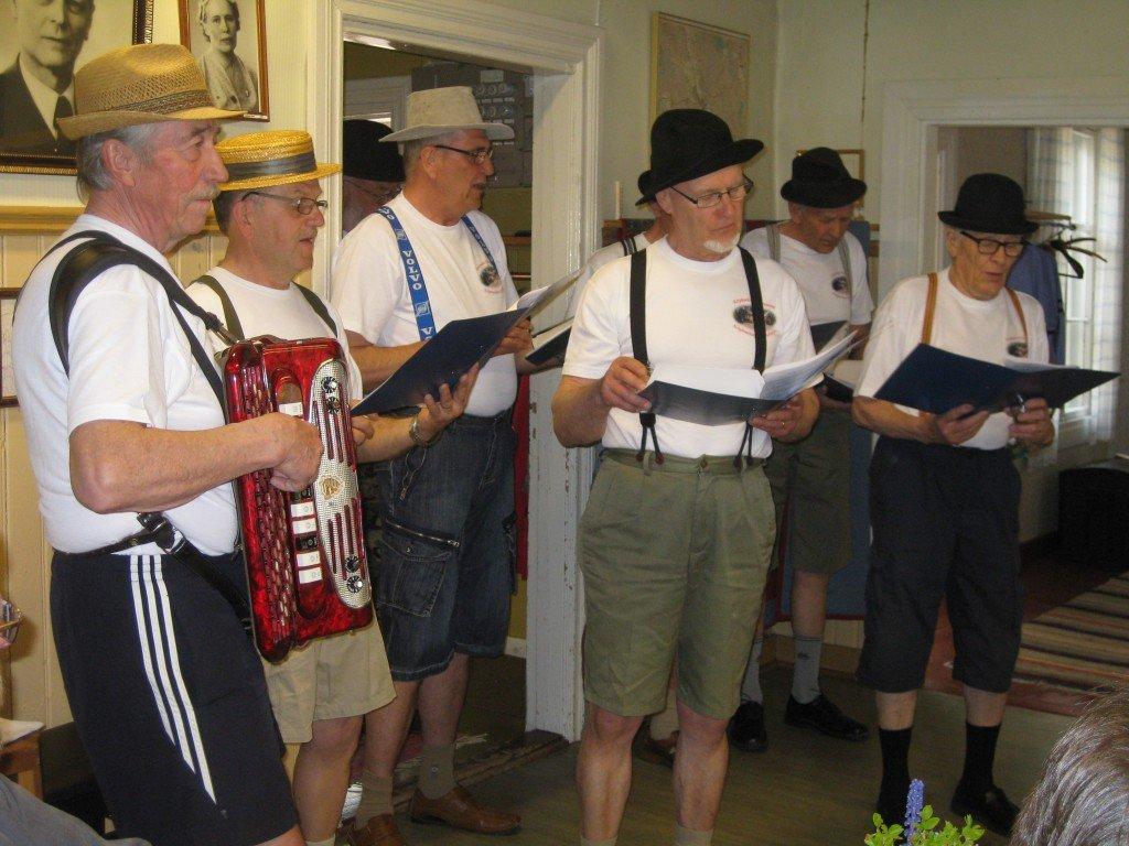 Tjejtjusarna vårfesten 2012